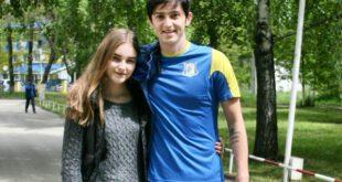 دختر روسی که عاشق عکس انداختن با این دو بازیکن تیم ملی ایران است! +عکس