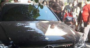 علی دایی و خودروی بنزش ! +عکس