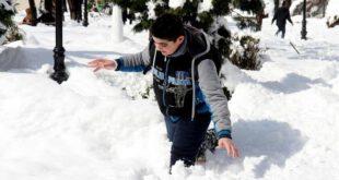 بارش یک متری برف در استان گیلان +تصاویر