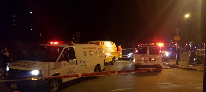 www.dustaan.com تیراندازی خونین در نتانیا/ ۹ اسرائیلی کشته و زخمی شدند + تصاویر