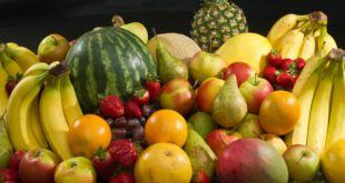 فواید مصرف میوه پیش از خواب