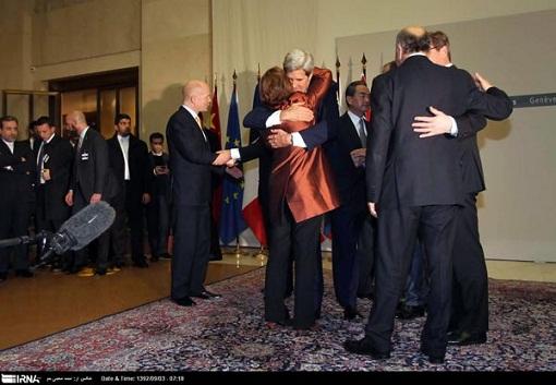 www.dustaan.com ابراز احساسات جان کری و اشتون به هم+عکس