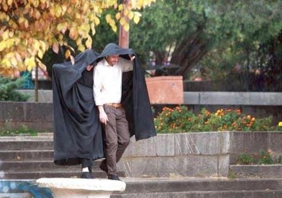 www.dustaan.com  اینم از مزایای داشتن همسر چادری +عکس