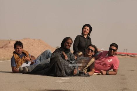 www.dustaan.com تصاویری از پشت صحنه فیلم سینمایی اتیش بازی!