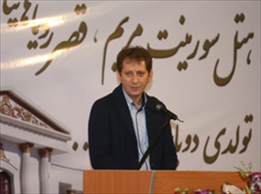 www.dustaan.com زنجانی: ماهی 29 میلیارد حقوق میدهم