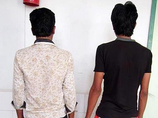 www.dustaan.com نجات دختر جوان از دام شیطانی 2 مرد سرایدار
