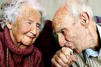www.dustaan.com پیرمرد عاشق !