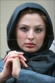 www.dustaan.com نیوشا ضیغمی : متنفرم از اینکه همه در خیابان شبیه هم شده اند