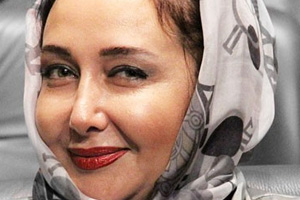 www.dustaan.com  از «کتایون ریاحی» چه خبر؟