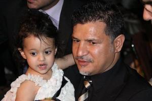 www.dustaan.com دایی و دخترش در عزاداری اربعین+ عکس