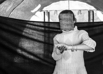 www.dustaan.com تجاوز دستهجمعی تروریست های سوری به یک دختر نوجوان