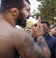 www.dustaan.com فرار عجیب و غریب اوباش ترسناک به سوراخ موش از دستان پلیس