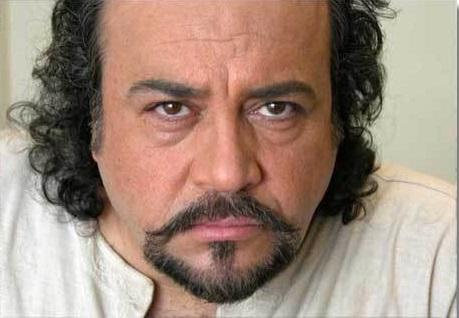 www.dustaan.com محمدرضا شریفینیا با فرزاد حسنی باجناق شد!