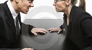 8 زنگ خطر اقایان برای پایان دادن به رابطه با خانمها