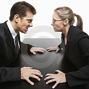 www.dustaan.com 8 زنگ خطر اقایان برای پایان دادن به رابطه با خانمها