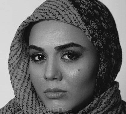 www.dustaan.com عکس های آزاده زارعی و بیوگرافی آزاده زارعی
