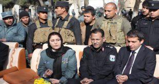 برای اولین بار در تاریخ! یک زن فرمانده پلیس کابل شد/ عکس