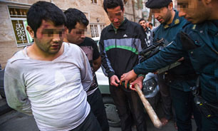 www.dustaan.com حمله زورگیران بیرحم به یک زن تنها