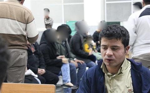 www.dustaan.com ازار و اذیت دختران خردسال توسط مرد شیطان صفت/عکس