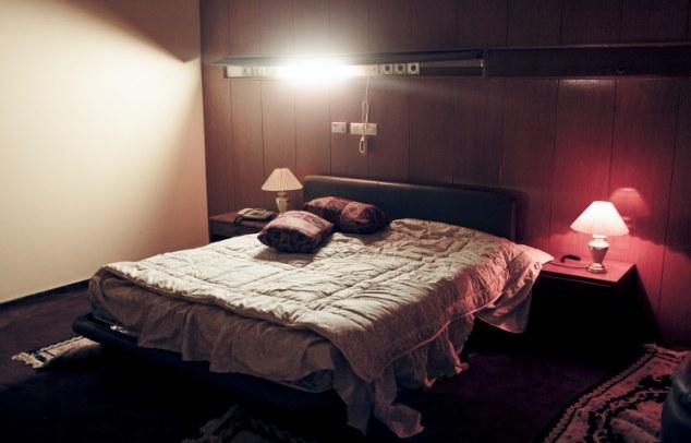 www.dustaan.com کشف اتاقهای جنسی قذافی+تصاویر