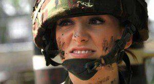 عکس های زیباترین زن سرباز در دنیا!