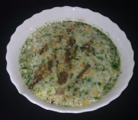 www.dustaan.com دستور تهیه و پخت سوپ فلفل دلمه ای