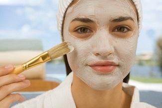 با تهیه این ماسک های خانگی لک های صورت خود را برای همیشه از بین ببرید!
