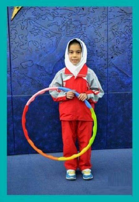 www.dustaan.com ثبت رکوردی جهانی توسط دختر بچه 9 ساله ایرانی+عکس