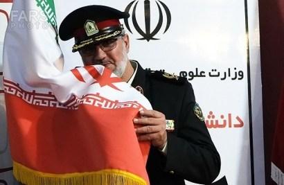 www.dustaan.com رویانیان با لباس نظامی در پرسپولیس+ تصاویر