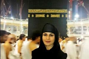 www.dustaan.com مانکن عریان پاکستانی توبه  کرد+عکس