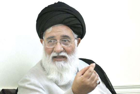 www.dustaan.com عکس: فیش حقوقی منتسب به امام جمعه مشهد
