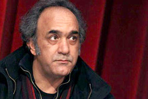 www.dustaan.com تصویر جدید بازیگر سرشناس با گریم امام خمینی(ره)