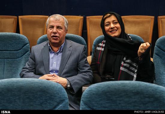 www.dustaan.com علی پروین و دخترش در نشست خبری کلاشینکف