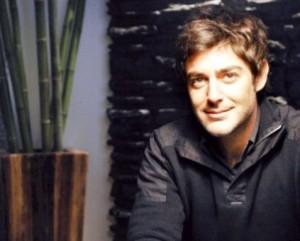 www.dustaan.com محمدرضا گلزار بعد از سه سال! به دنیای بازیگری بازگشت.