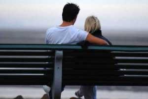 www.dustaan.com از ابراز علاقه به همسرتان غفلت نکنید!