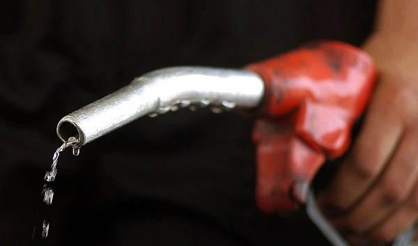 www.dustaan.com دولت از فروش سوخت چقدر یارانه کسب کرده است ؟