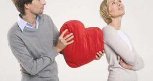 3 حرکت جالب زنانه برای ربودن دل مردها!