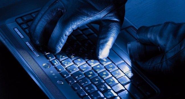 www.dustaan.com دستگیری یک هکر حرفه ای در استان گیلان