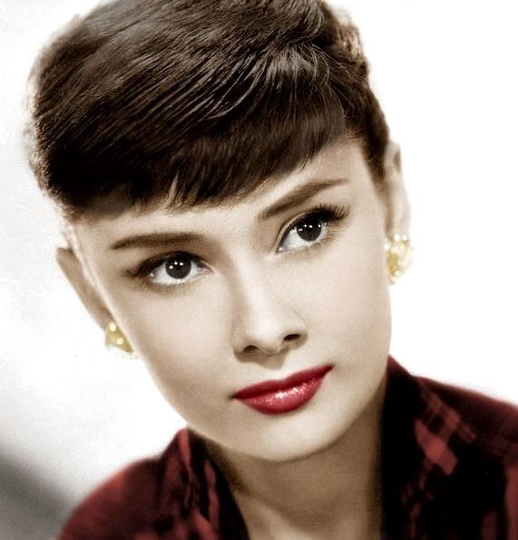 www.dustaan.com زیباترین زن جهان در این 100 سال اخیر! +تصاویر