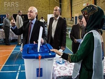 www.dustaan.com تصاویر انتخابات پارلمانی عراق در تهران را ببینید!
