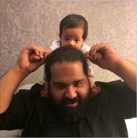 www.dustaan.com عکس/ خواننده محبوب و دوست داشتنی در کنار دخترش
