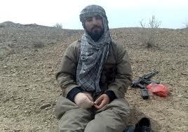 www.dustaan.com شهیدی که تک تیراندازهای عبدالرحمان ریگی سجده گاهش را شکافتند+فیلم