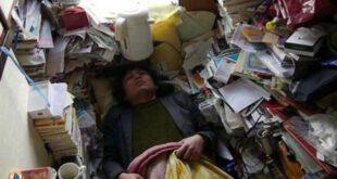 زندگی بسیار عجیب این مرد در خانه 5 متری!+ تصاویر