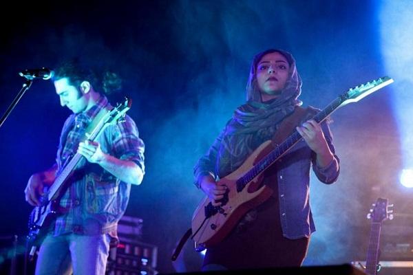 www.dustaan.com اولین کنسرت راک بعد از انقلاب اسلامی +تصاویر