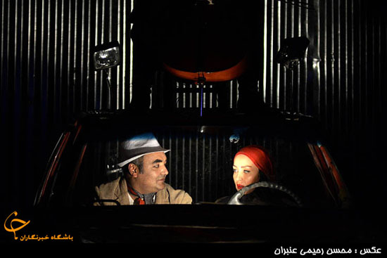 www.dustaan.com حدیث فولادوند و همسرش در صحنه تئاتر + تصاویر