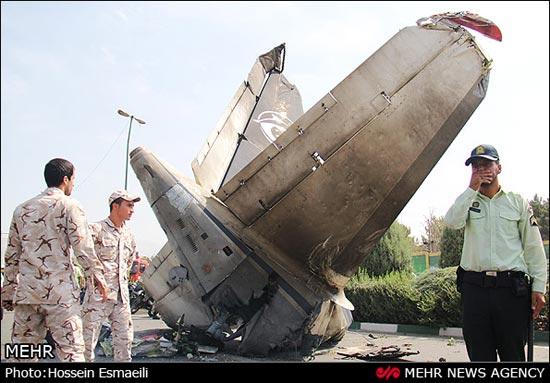 www.dustaan.com تصاویر/  سقوط مرگبار هواپیما در تهران