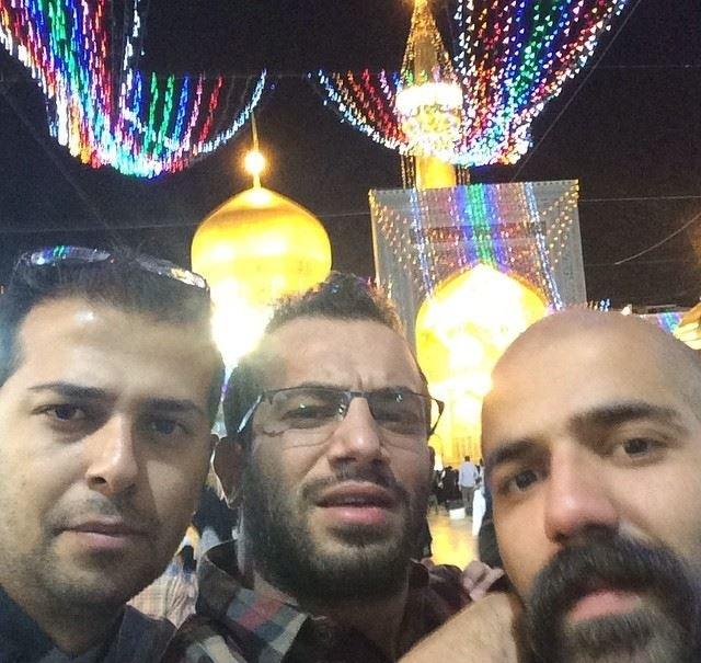 www.dustaan.com تصاویر/ امیر تتلو و دوستانش در حرم امام رضا (ع)!