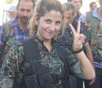 www.dustaan.com عکس/ دختر جوانی که تاکنون بیش از 100 داعشی را به هلاکت رسانده!