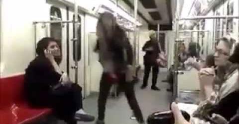 www.dustaan.com رقص دختر جوان در متروی تهران جهانی شد! +عکس