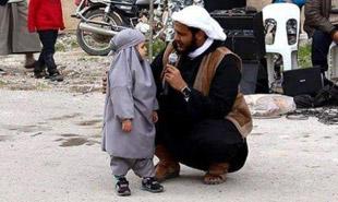 www.dustaan.com توبه کوچکترین دختر عضو داعش به خاطر تماشای باب اسفنجی!